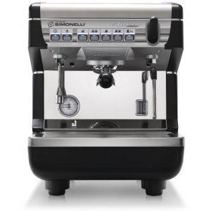 Profesionální pákový kávovar Nuova Simonelli Appia II černo stříbrné provedení