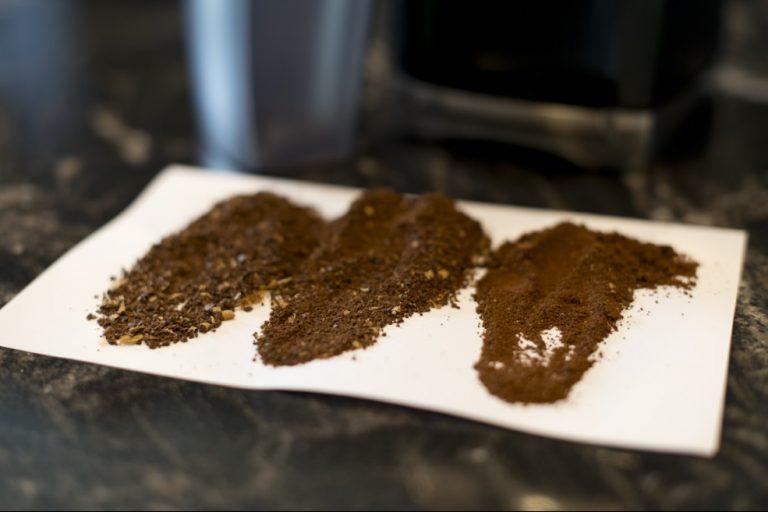 Vzorky hrubosti mletí kávy