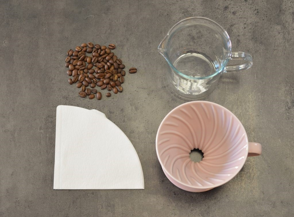 Příprava kávy pomocí Hario V60