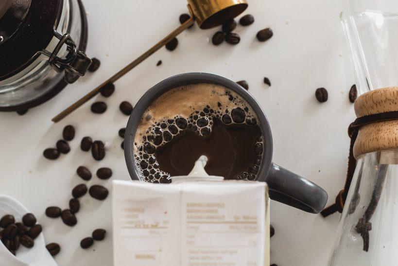 Jak na rostlinné nápoje v kavárenském provozu