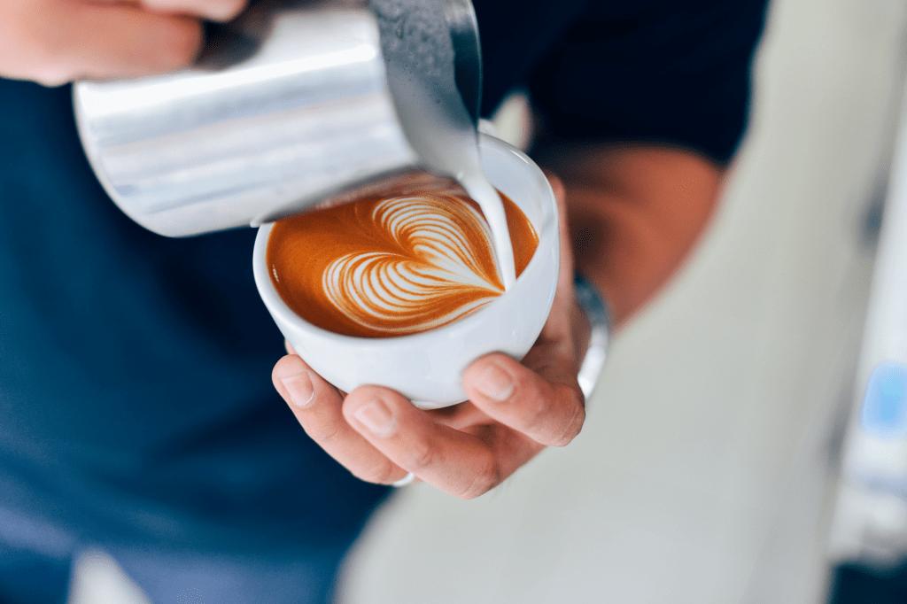 latte art wave heart