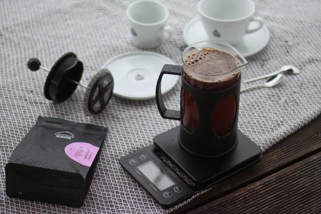 Příprava kávy ve French Press z pražené kávy Lázeňská káva