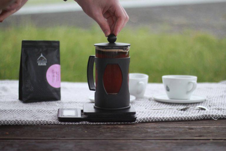 french press návod na filtrovanou kávu
