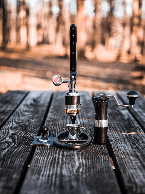 černý ruční pákový kávovar Flair Espresso PRO 2