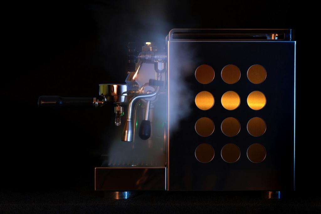 kávovar rocket espresso appartamento měďený